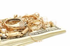 Быстрые деньги: как выбрать ломбард