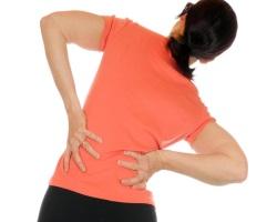 Боли в спине: всегда ли виноват позвоночник?
