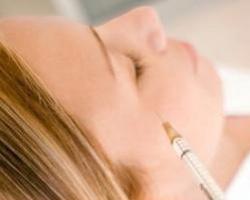 Для красоты - микроинъекции обогащенной плазмы