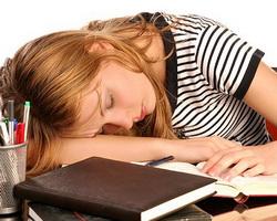 К чему приводит постоянное недосыпание