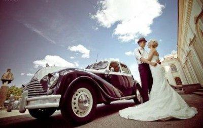 Как выбрать ретро-автомобиль на свадьбу?