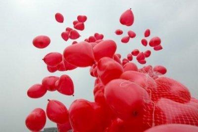Выбираем самые романтические подарки на день влюбленных