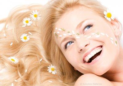 Желтые зубы: почему, как бороться